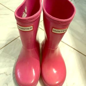 Girls pink Hunter rain boots
